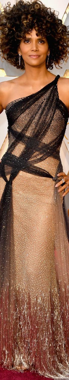 Halle Berry 2017 Oscars