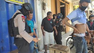 Sat Sabhara Polres Pelabuhan Makassar Ciduk 4 Pelaku Judi Remi