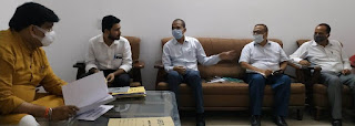 #JaunpurLive हैदर अब्बास चांद ने वरिष्ट अधिकारियों के साथ की समीक्षा बैठक