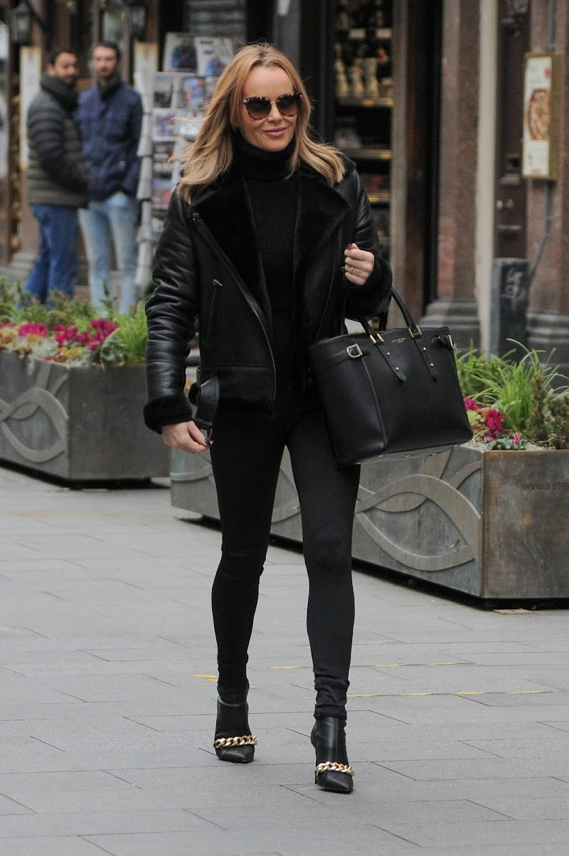 Amanda Holden Spotted At Global Studios in London  20 Nov-2020