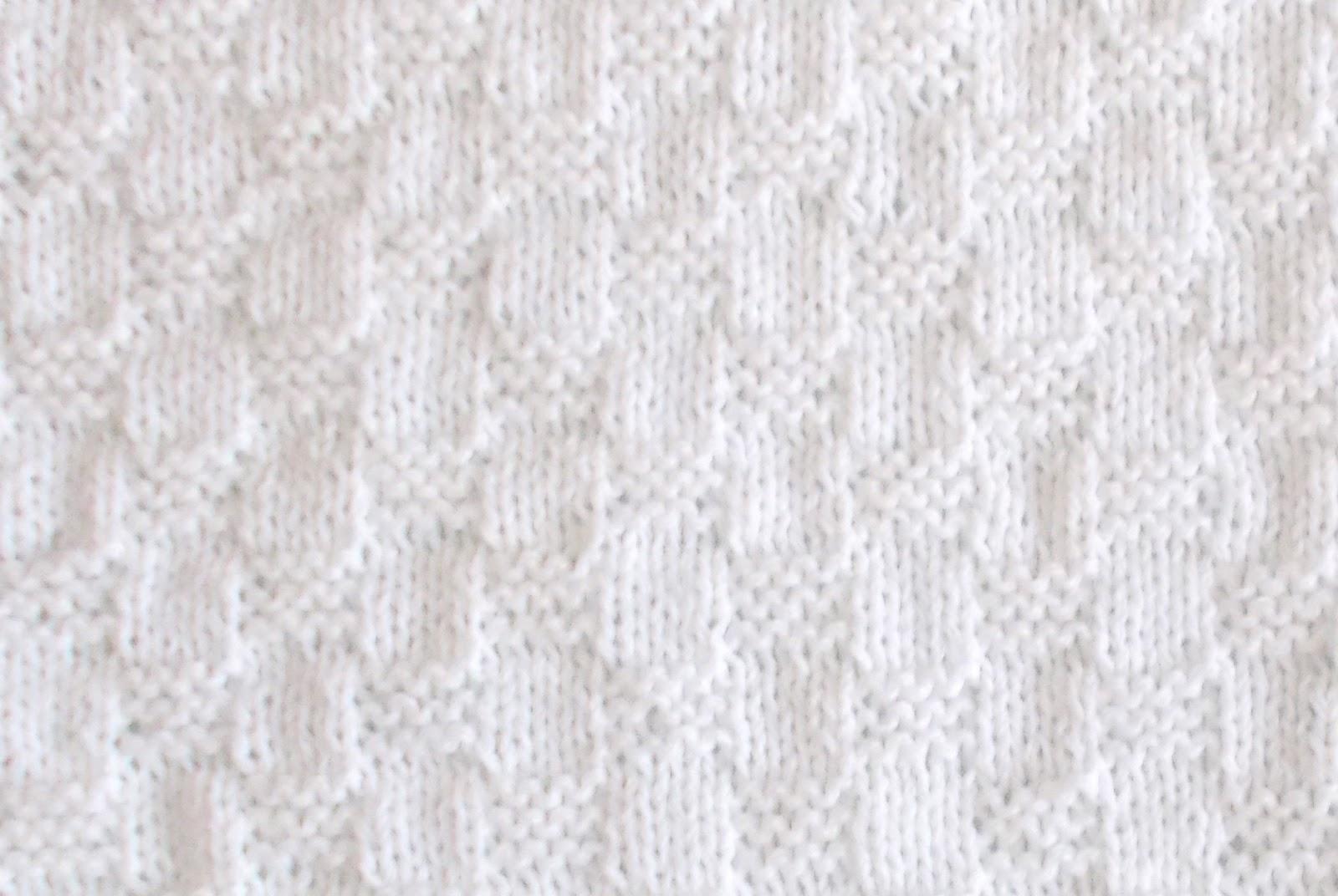 Marianna S Lazy Daisy Days Willow Preemie Baby Blanket