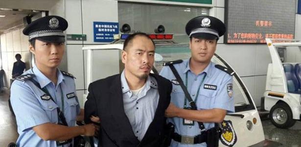 Dianggap Tak Ramah dan Sopan, Polisi China Dilatih Cara Tersenyum