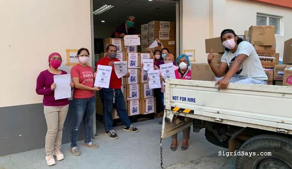 Covid-19, Covid-19 pandemic, Covid-19 ECQ, Enhanced Community Quarantine, face masks, PPE, SM Foundation Donates PPEs, SM Foundation, SM City Bacolod, SM Store, Bayanihan, Personal Protective Equipment (PPEs), N95 masks, surgical masks, VisMin, Visayas Mindanao, doctors, nurses, medical emergency