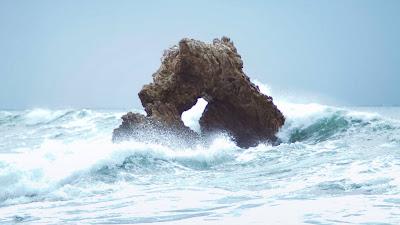 Rock, Sea, Waves, Nature Full HD Screen Background
