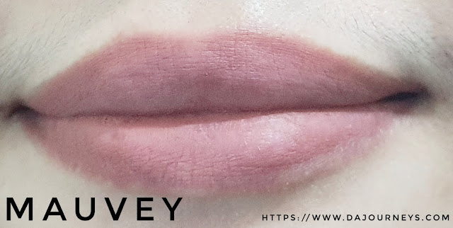 [Review] Lakme Mini Matte Lip Crayon Mauvey