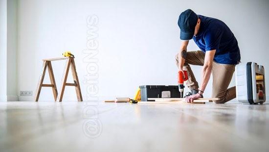 justica revoga multa obras apartamento covid