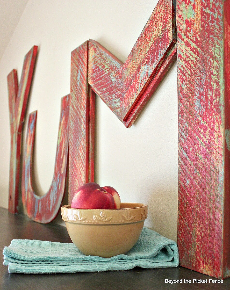 YUM how to make vintage inspired letters http://bec4-beyondthepicketfence.blogspot.com/2014/08/yum-how-to-make-vintage-inspired-letters.html