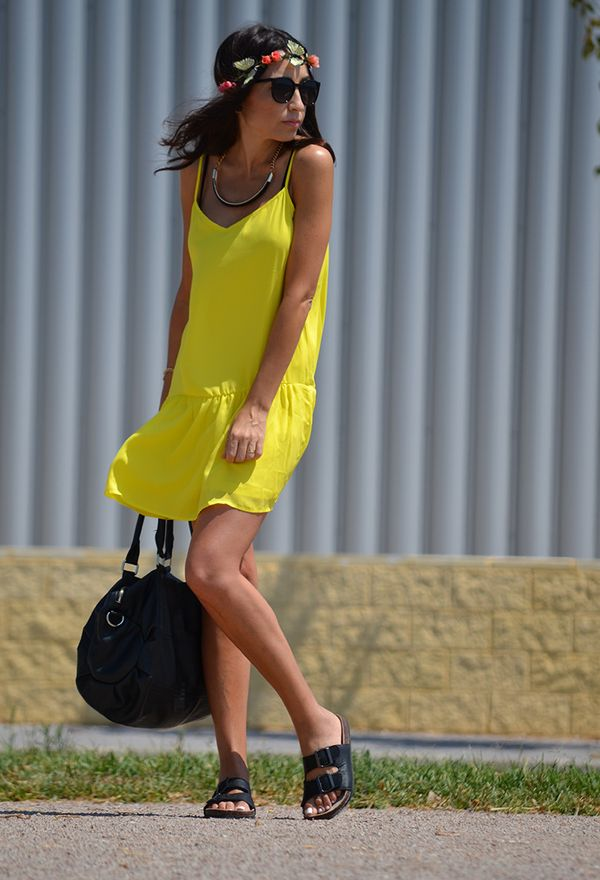 Vestidos de moda color amarillo