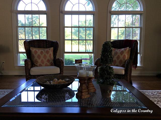 Living Room Freshening Ideas for the New Year