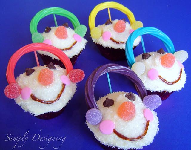 snowman+cupcakes 20 Festive Holiday Treats 62