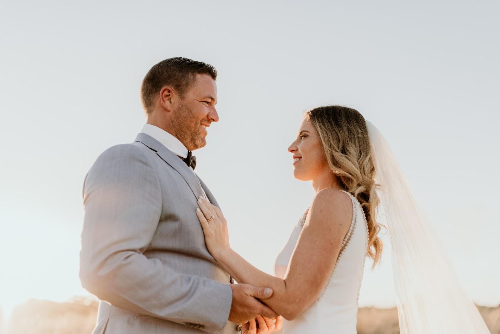 LOVE: TARA & LUKE | EARTHY OSTERIA WEDDING CASUARINA NSW