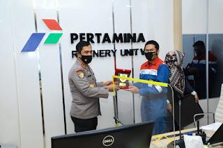 Kabaharkam Polri Kunjungi Pertamina Refinery Unit V Balikpapan Supervisi Pengamanan Objek Vital Nasional,
