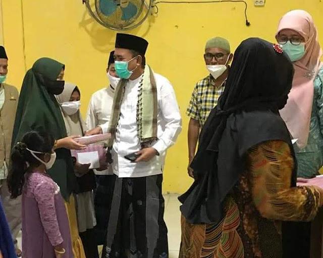 Menjelang Idul Fitri Bupati Pidie Jaya Santuni Anak Yatim dan Fakir Miskin