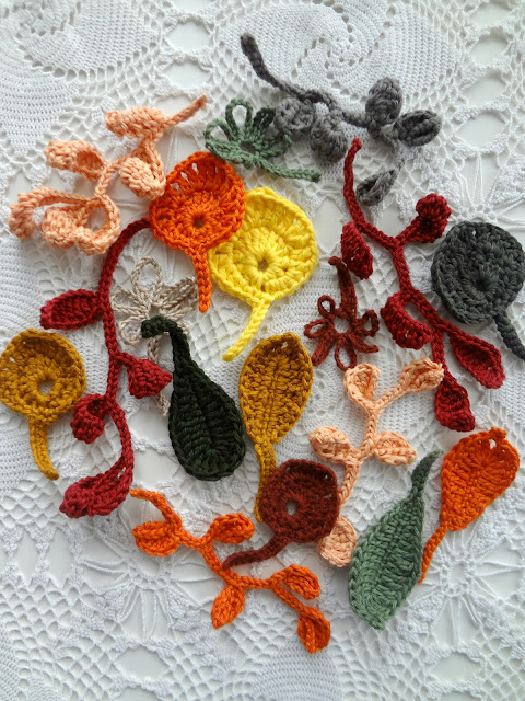 Autumnal Leaves – crochet pattern