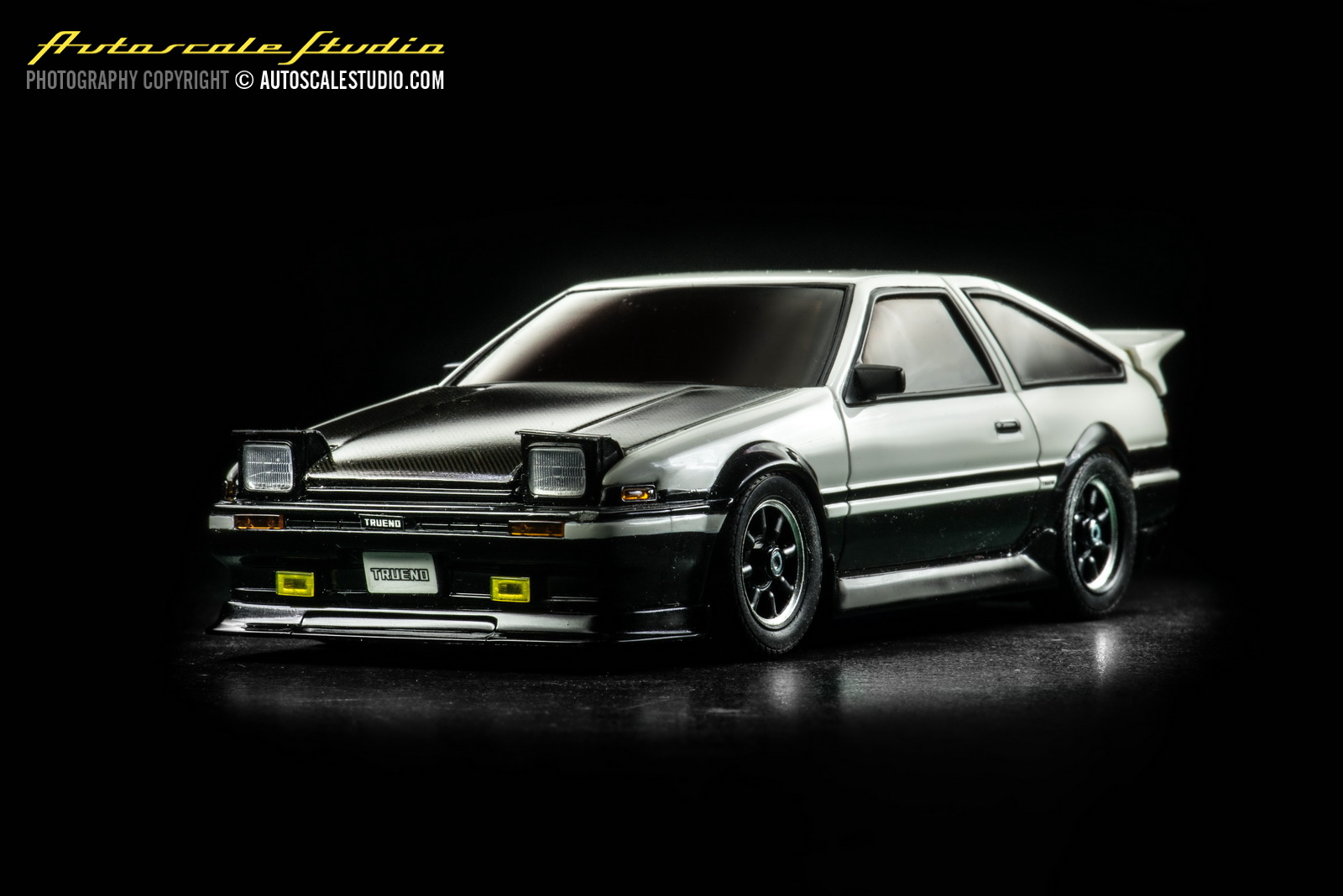 autoscale studio mzp410cw toyota sprinter trueno ae86 panda carbon bonnet. Black Bedroom Furniture Sets. Home Design Ideas