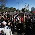 Milhares de manifestantes saem às ruas contra Bolsonaro e o racismo