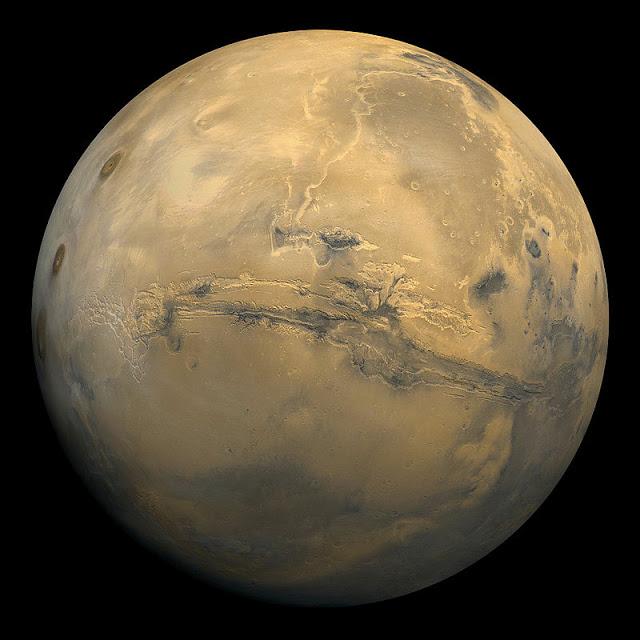Фотография Марса с комической межпланетной станции - NASA