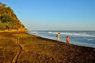 Pantai Guamanik Pecatu