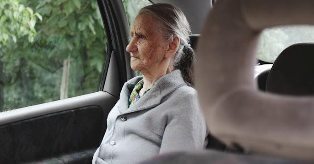 «Το δρομολόγιο που μου άλλαξε τη ζωή» – Η εξομολόγηση ενός ταξιτζή για τον πιο απρόσμενο επιβάτη