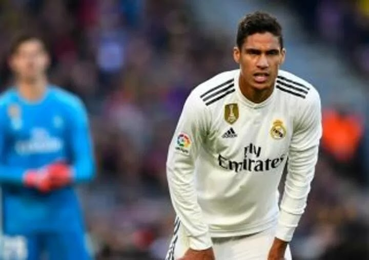 Varane makes a final decision on his future with Man United waiting in the wings