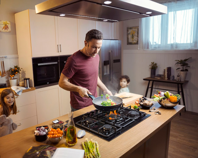 Modern dads rock the kitchen + Tips to healthy meals