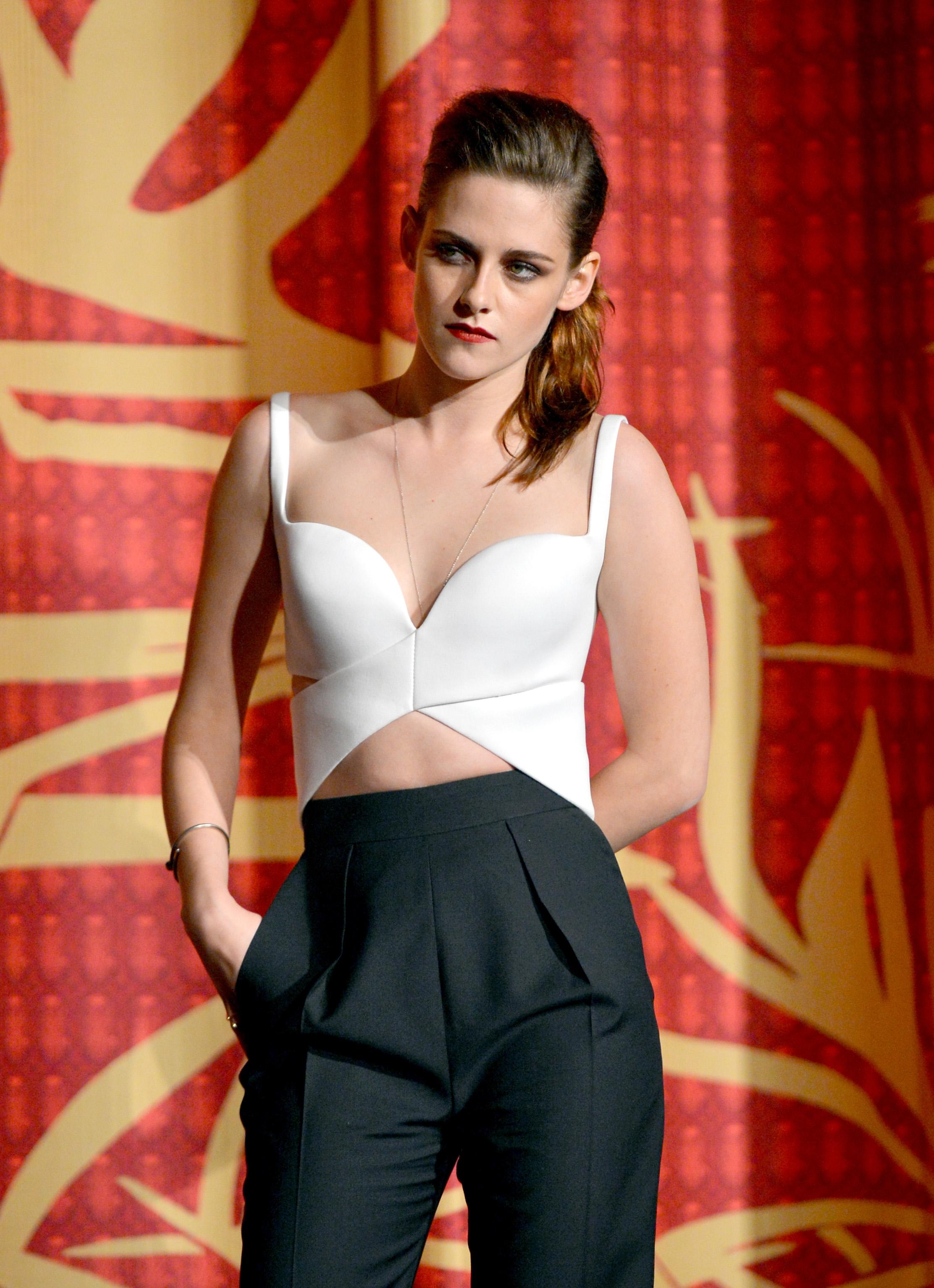 Kristen Stewart Hot Style Photos