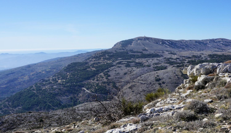Haut Montet viewed from trail