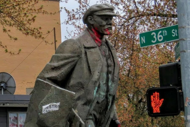 One Day in Seattle: Lenin Statue in Fremont