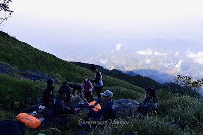 Menuju pos 4 Puncak Sejati Gunung Sumbing - Backpacker Manyar