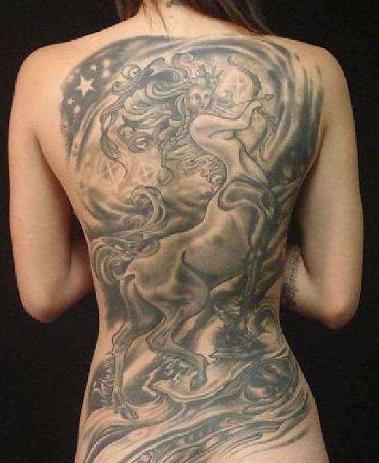 Schützen-Tattoo - 20 der wichtigsten und tollsten Tattoos für Ihr Sternzeichen