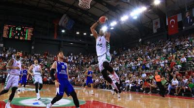 Tahincioglu Basketbol Super Ligi   Pınar Karşıyaka - Büyükçekmece   Jordan Morgan