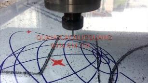 Cắt CNC trên tấm aluminium nhôm nhưa