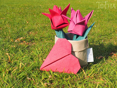 washpapa, washable paper, tulips, pot, heart, origami, paper, spring, mother's day, papier do prania, craft paper, dye, home decor, flowers, heart, paper bag, vegan leather,