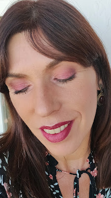 La nueva paleta de NEVE Cosmetics: Bartender Spells 15