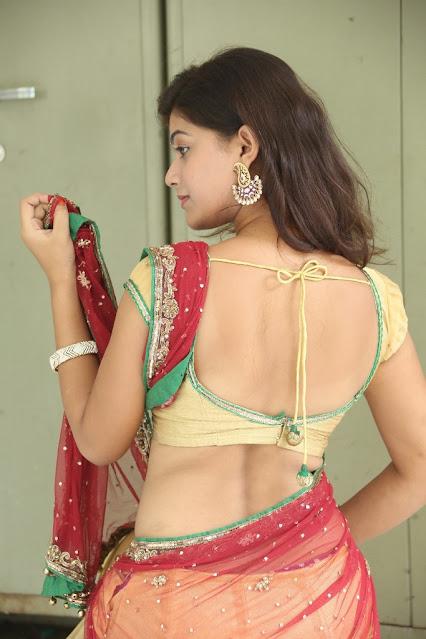 Telugu Actress Yamini Bhaskar Sexy Navel Show In Half Saree Navel Queens