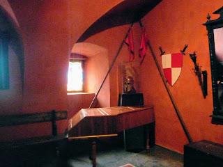 Замок Сент-Міклош. Замок кохання. Музей і туристична перлина