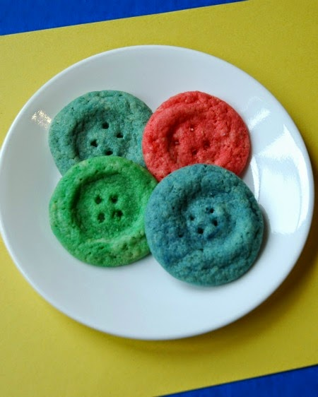 Button Cookies for Pete the Cat snack
