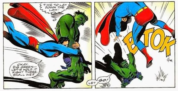 Hulk y Superman luchan en cómic