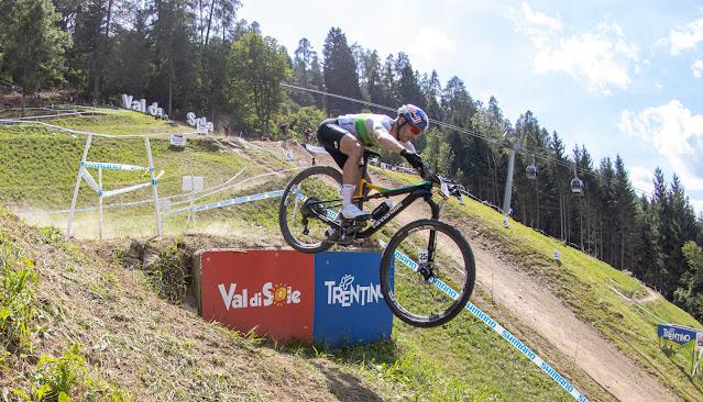 Henrique Avancini em busca da superação no Mundial de MTB - Foto: Val di Sole Bike Land