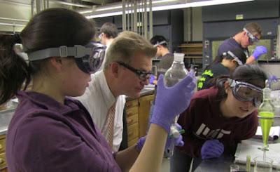 massachusetts institute of technology kitchen chemistry.