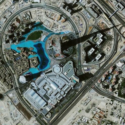 burj-khalifa-hotel-altura-dubai-visitas-tickets-discount-height-in-feet-planos-precios-pisos-vista-aerea-satelital-helicoptero-drone-desde-un-a-vista-de