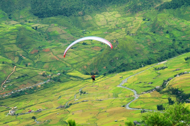 Paragliding festival to be held in May