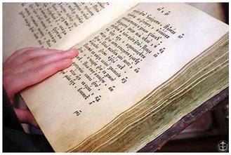 Одним із його обов'язків було читання «Псалтиря» біля померлих