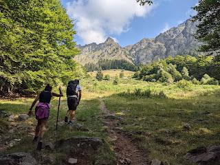 Approaching the alping pastures of Baita Lavez (1508 m).
