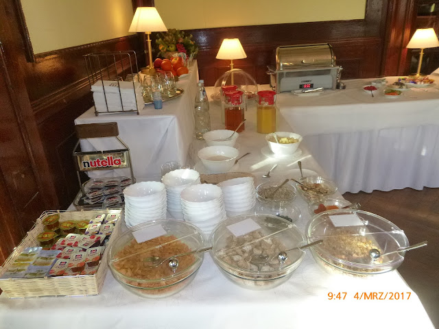 Frühstücksbuffet im Hotel Schloss Teutschenthal in Teutschenthal (Sachsen Anhalt)