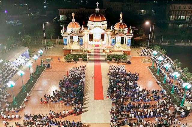 Đền thánh Kiên Lao mừng Đại lễ Mẹ Mân Côi