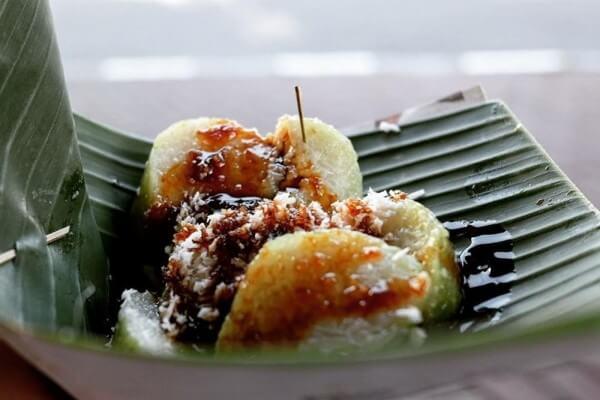 Lupis Mbah Satinem, Street Food Jogja yang Legendaris