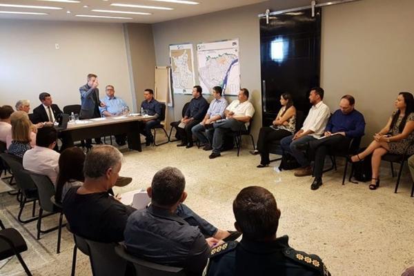 Governador eleito, nomeado interventor, assume atividades em Roraima
