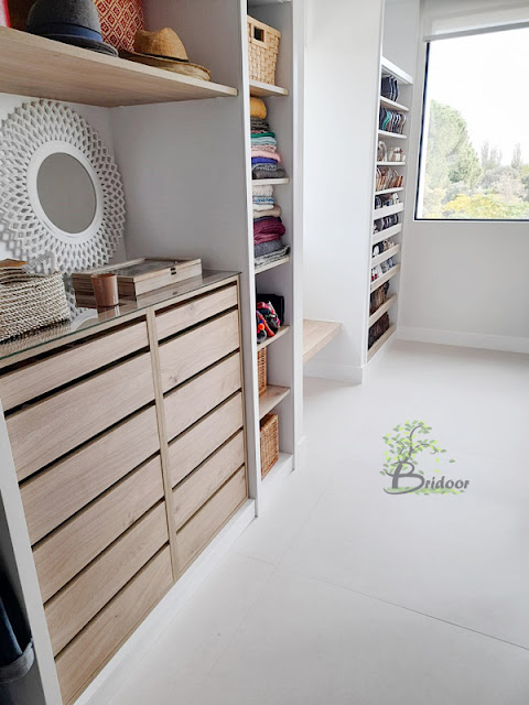vestidor madera natural y laca