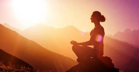 Metode Meditasi Mudra untuk keluar dari kesulitan Ekonomi